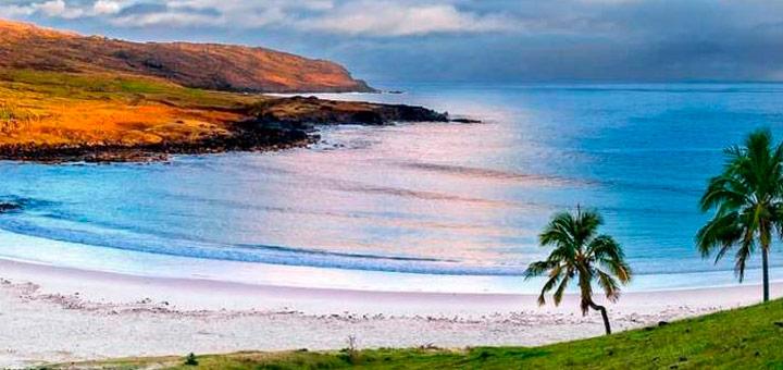 isla de pascua playa anakena
